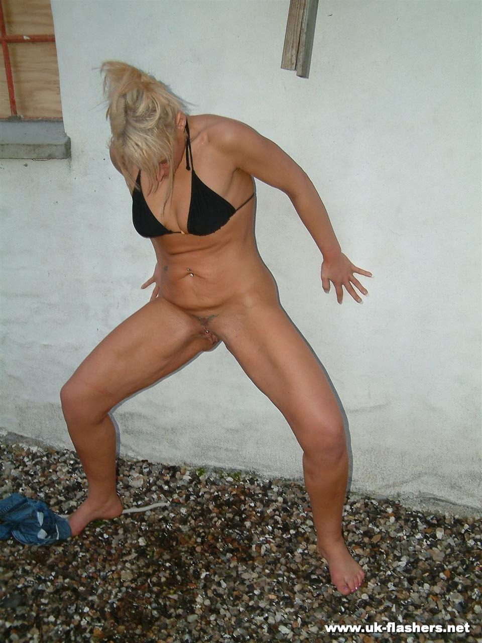 Peeing in public pics